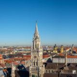 München Panorama mit Frauenkirche und neues Rathaus